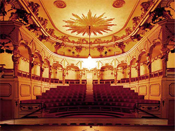 theater-potsdam.jpg