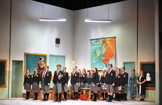 Die Entführung aus dem Serail/ Singspiel von Wolfgang Amadeus Mozart// B/ K/ R Magdolna Parditka, Alexandra Szemerédy/ Premiere 21. März 2015/ Landestheater Coburg